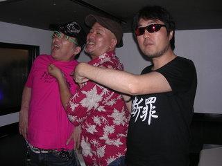 左からターザン氏、井田氏、二見